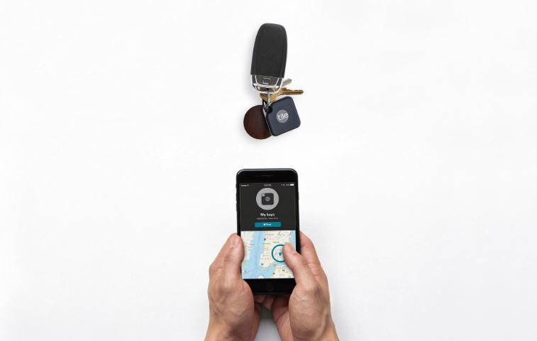 Tile Pro bluetooth tracker zoeklabel met smartphone app